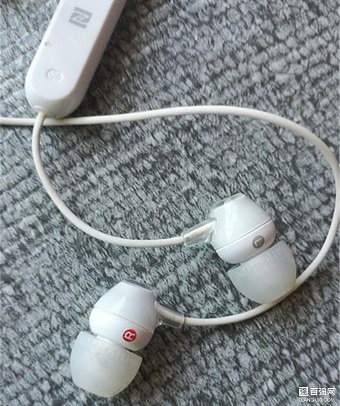 索尼WI-C300耳机索尼大法中性价比较高的蓝牙耳机
