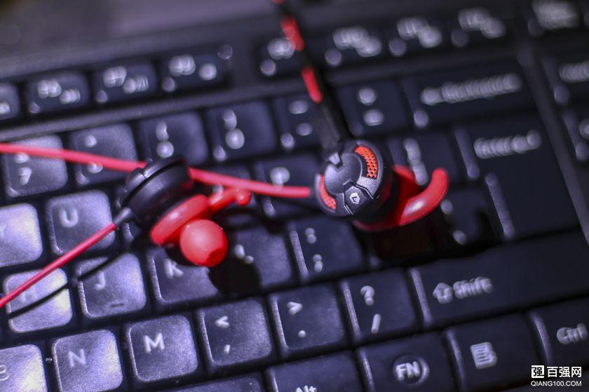 手机听3D环绕立体声,我的游戏耳机硕美科G618i