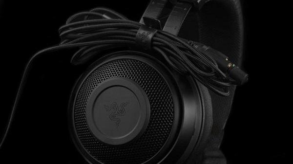大吉大利,吃鸡利器-雷蛇北海巨妖专业版V2游戏耳机!