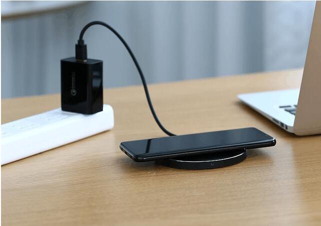 绿联无线充电也能快充?