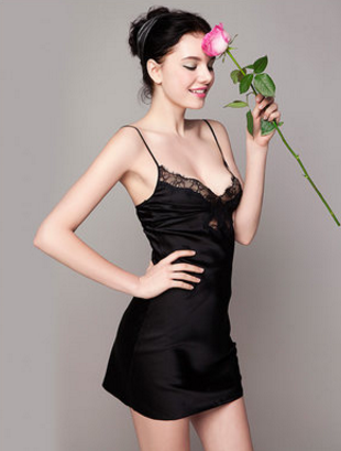 桑罗真丝睡衣是国外品牌吗?可是真桑蚕丝的?