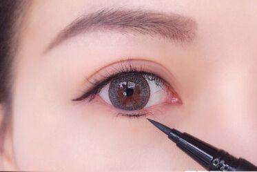眼妆怎么画好看?perfect diary眼线笔怎么样?