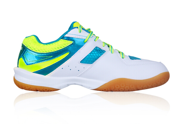哪款羽毛球鞋减震好?尤尼克斯羽毛球鞋贵不贵?