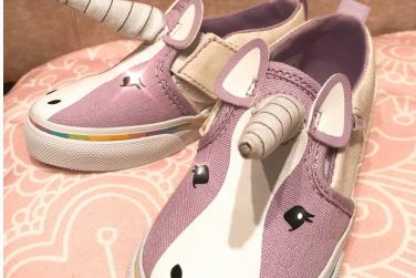 好看的童鞋品牌推荐?VANS独角兽童鞋怎么样?