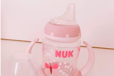 婴儿水杯哪个好?推荐几款婴儿杯?