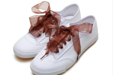 飞跃板鞋鞋码正吗?一双大概多少钱?