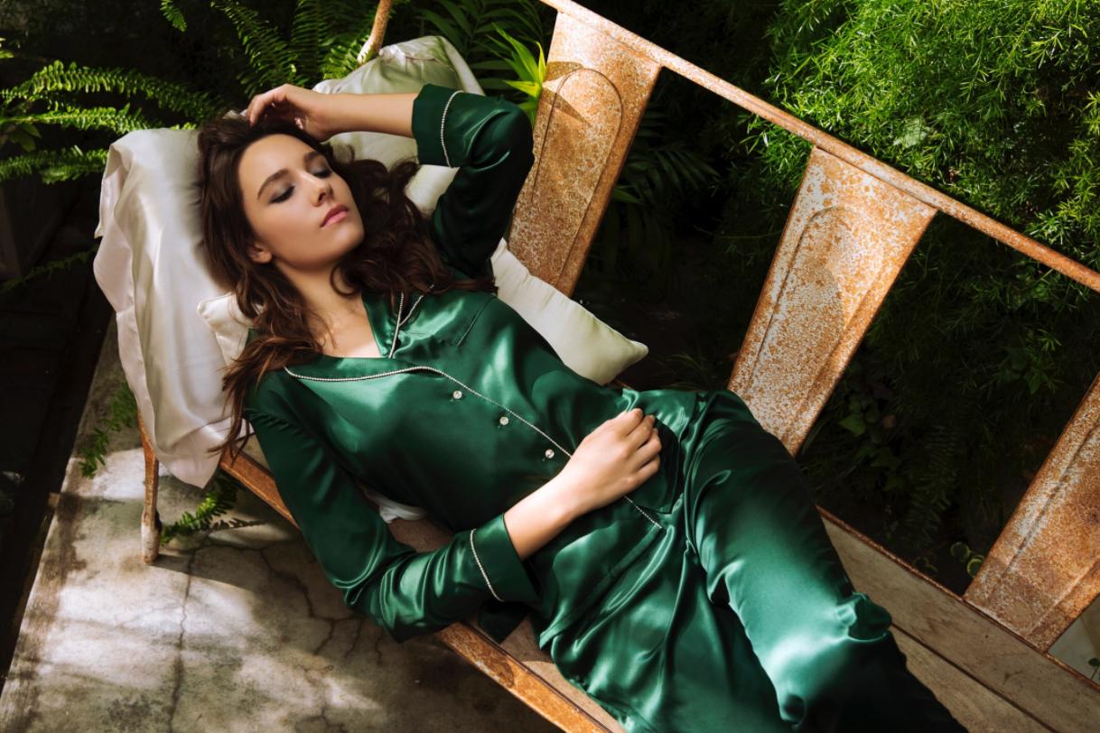 silky miracle真丝睡衣好吗?是哪国的品牌?