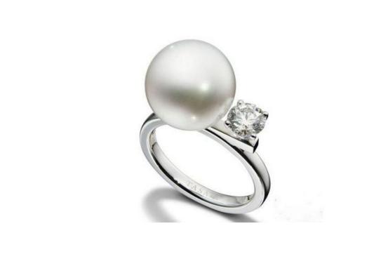 tasaki珍珠饰品一般什么价位?日本珍珠品牌tasaki好吗?