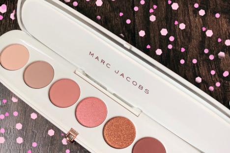 Marc Jacobs Fantascene眼影盘粉质软吗?有好的使用方法吗?
