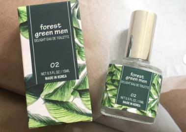 名创优品的香水什么味?替代apsu青草香水吗?