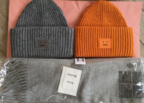 Acne帽子哪个颜色好看?是羊毛的吗?