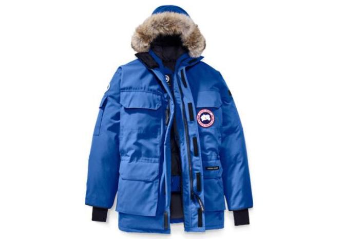 加拿大鹅羽绒服远征款有米白色吗?保暖效果如何?