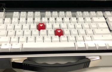 cherry茶轴机械键盘推荐?适合当礼物吗?