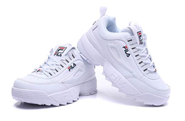 斐乐破坏者鞋码大小?斐乐跑鞋值得买吗?