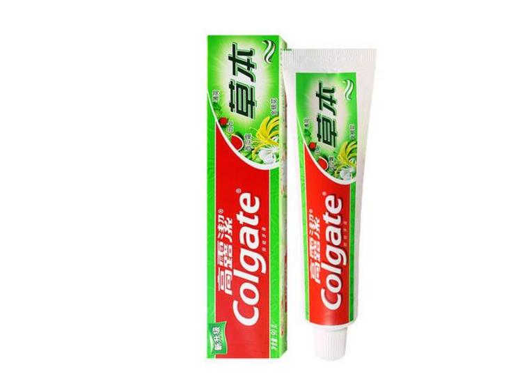 牙膏底部颜色条代表牙膏的好坏,那是你不知道颜色条代表什么