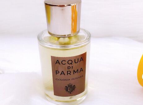 帕尔玛之水克罗尼亚女士可以用吗?什么香味?