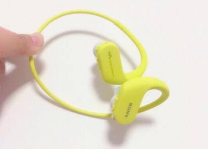 最新款sony水下耳机?型号是多少?