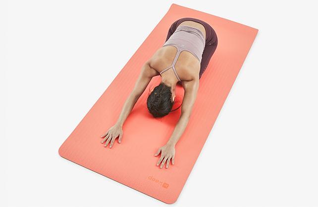 瑜伽垫怎么选?谁能简单介绍一下?