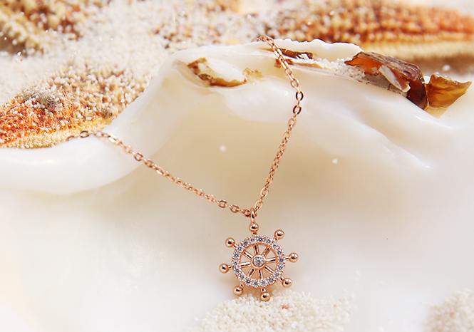 卡蒂罗项链属于什么档次?卡蒂罗项链是纯银的吗?