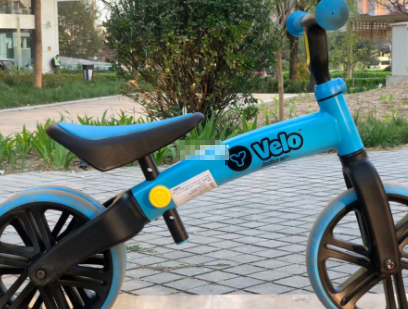 yvolution菲乐骑平衡车是哪国的牌子?好骑吗?