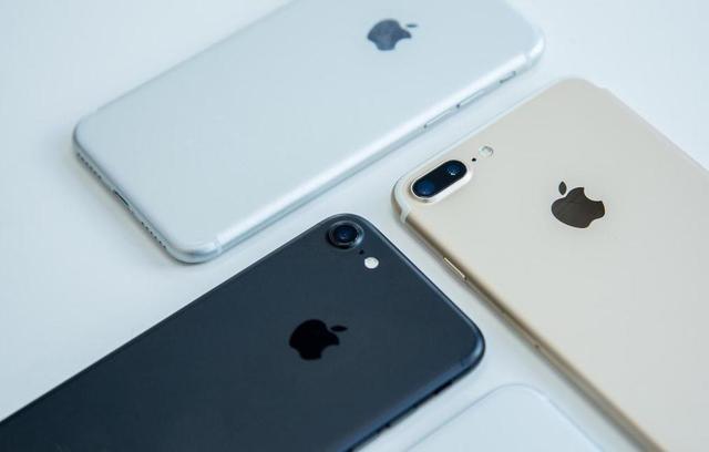 iPhone标配的耳机,到底处于什么档次?苹果卖得贵其实有道理