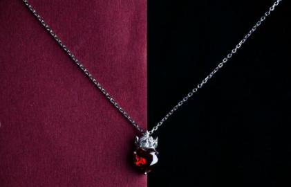 海盗船项链都是925的吗?海盗船女士项链又好看的款式吗?