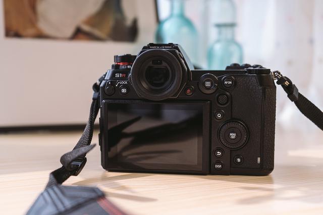 松下Lumix S1R:一个商业摄影师的作业工具新选择