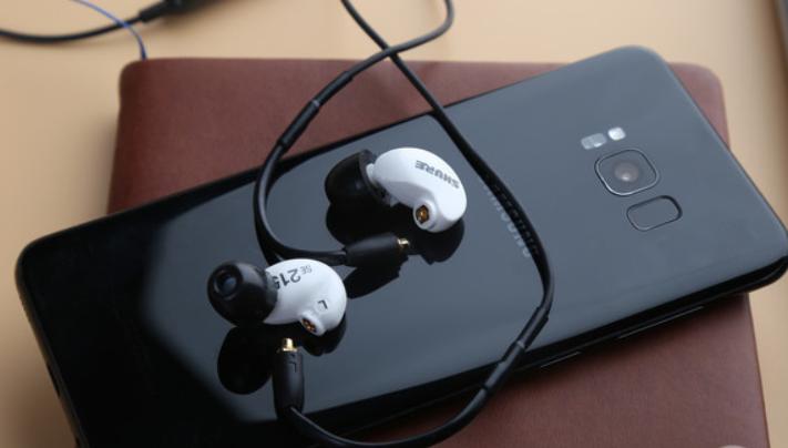 2020真无线耳机评测 平价真无线蓝牙耳机推荐